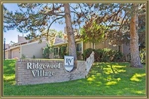 Townhomes For Sale in Ridgewood Village Littleton 80120 CO