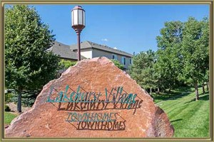 Townhomes For Sale in Lakehurst Village Littleton 80127 CO